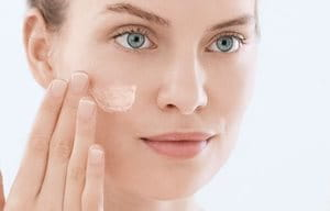 Apply moisturizing fluid after facial toner